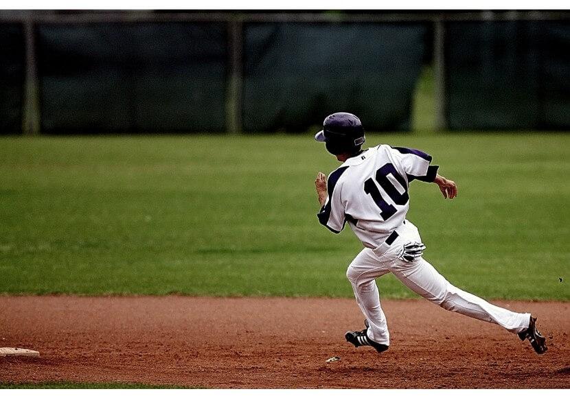 プロ野球球史に残る「神走塁」を徹底紹介・走塁の極意を事例に学ぼう